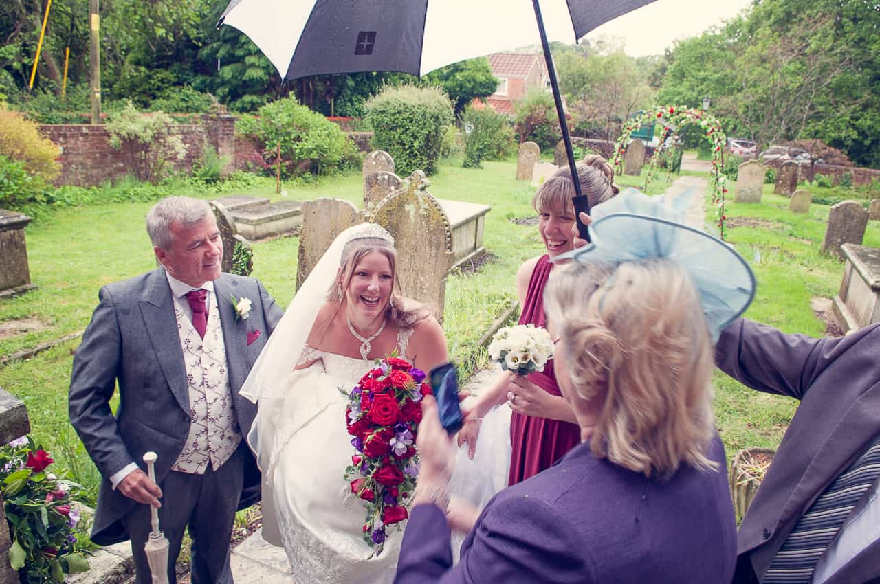 bride arrives at ceremony photography