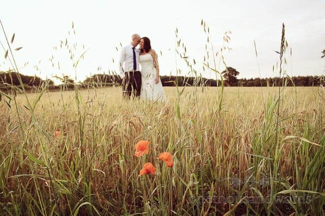 Countryside Summer Wedding Photographs with Lucy & Gareth