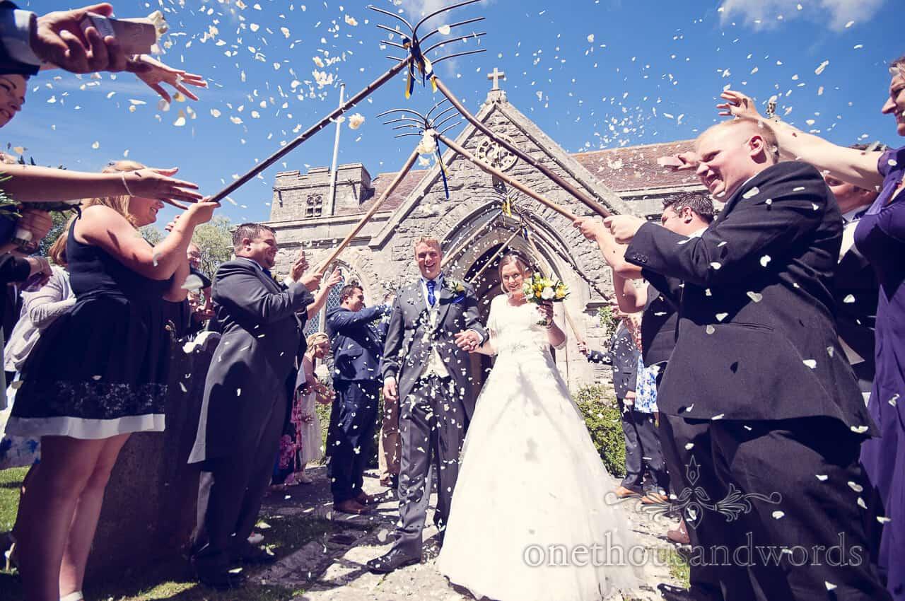 wedding confetti with pitchforks