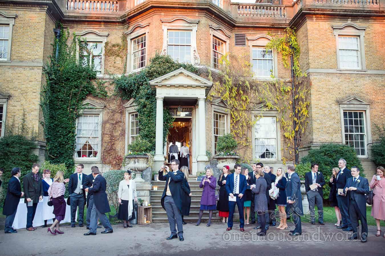 Hampton Court House Wedding Photographs With Zoe Amp Jack