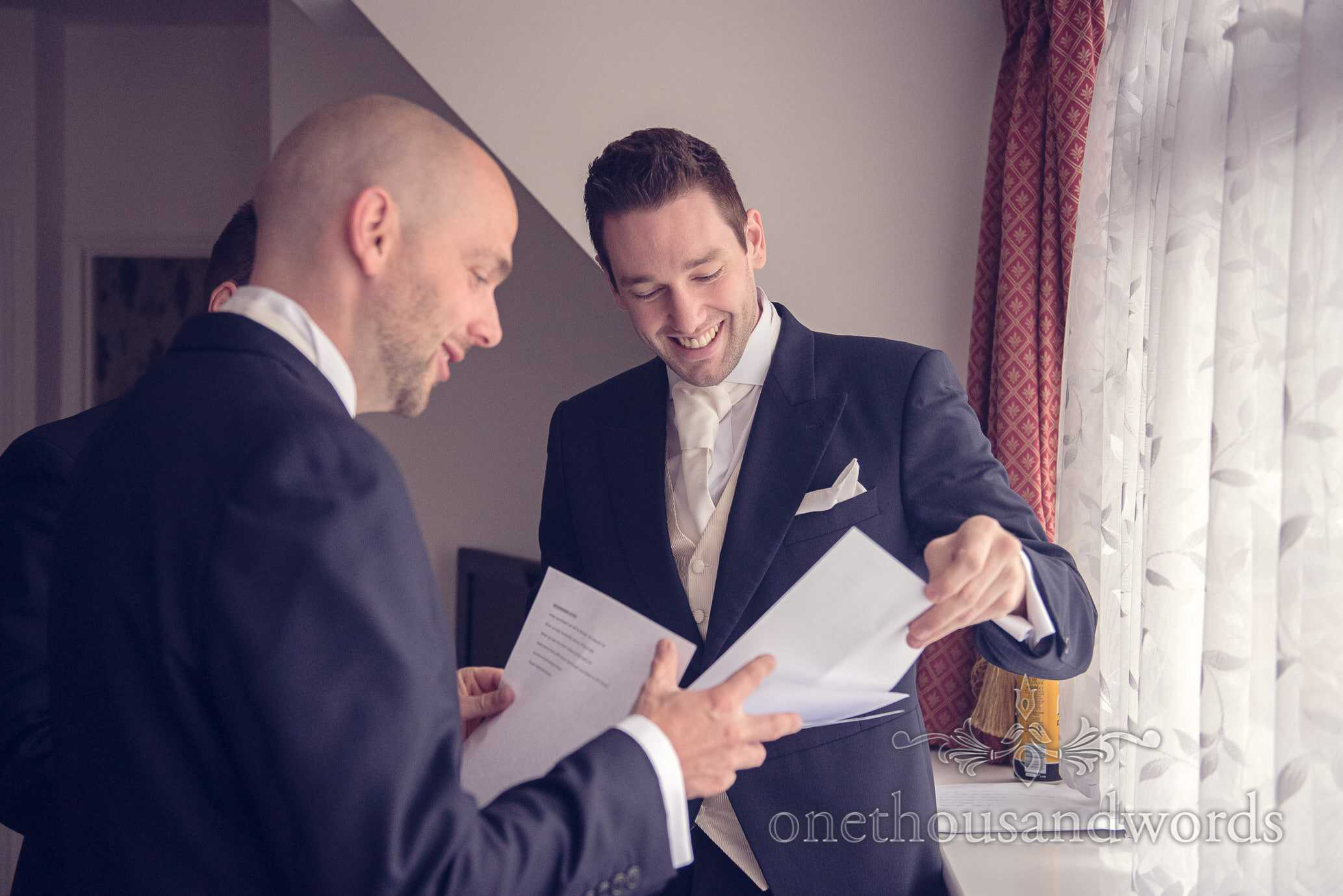 Groom give best men wedding day schedules on wedding morning