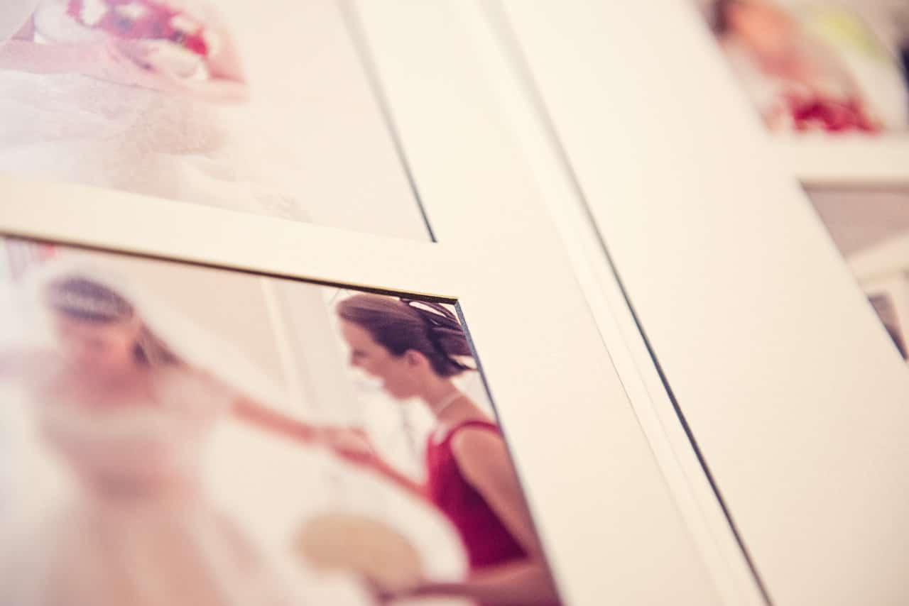 Detail photograph of wedding album twin core black and white mounts