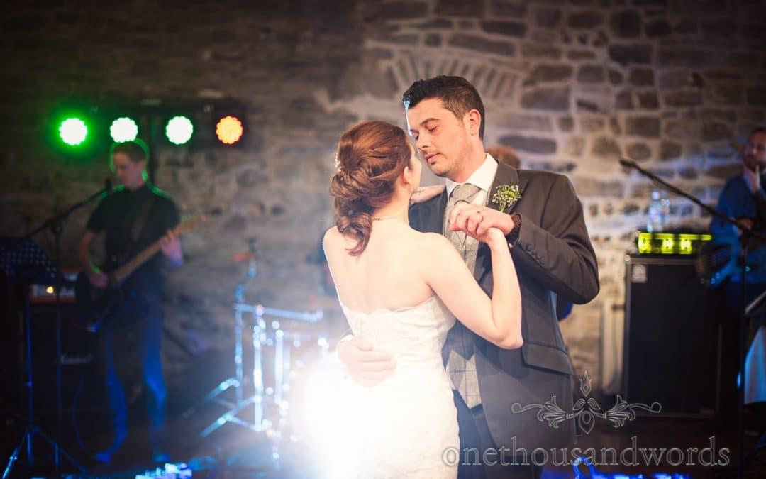 Vicky & Robert's Scaplens Court Wedding Photographs Review