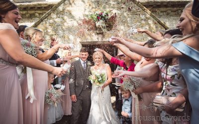 Gemma & Ed's Purbeck Valley Farm Wedding Photographs Review