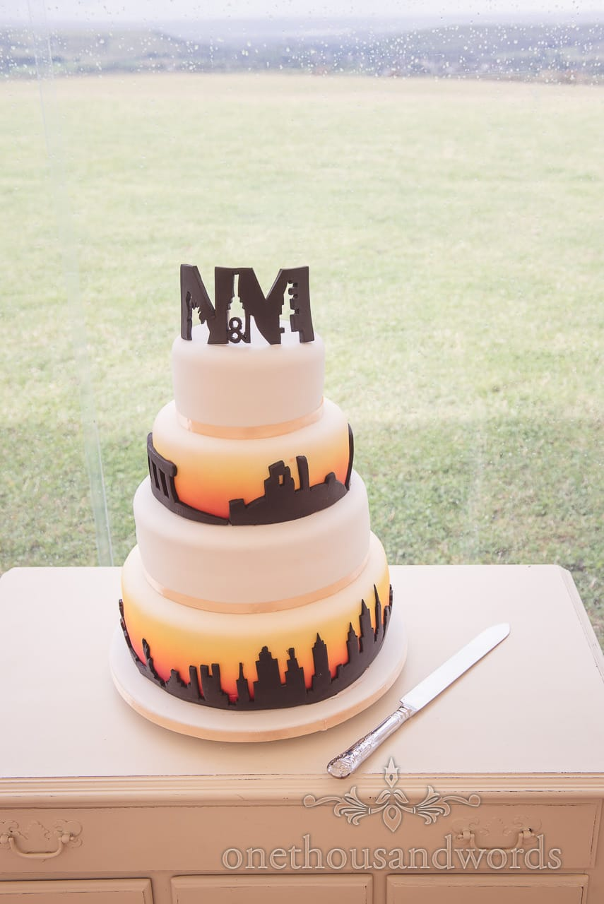 Dorset Wedding Photographers 4 tier new york skyline themed wedding cake