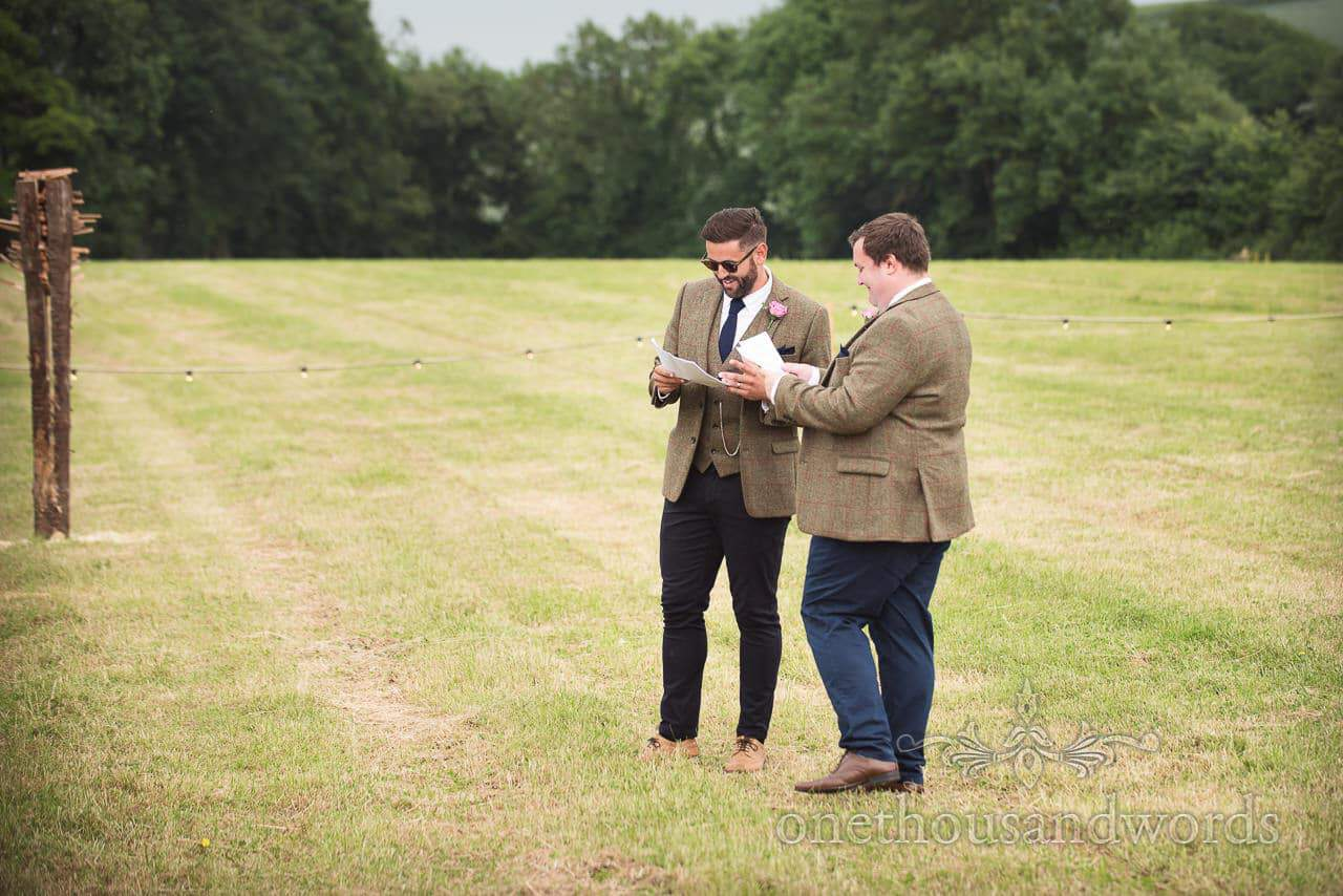Countryside Wedding Photos while best men practice their speeches