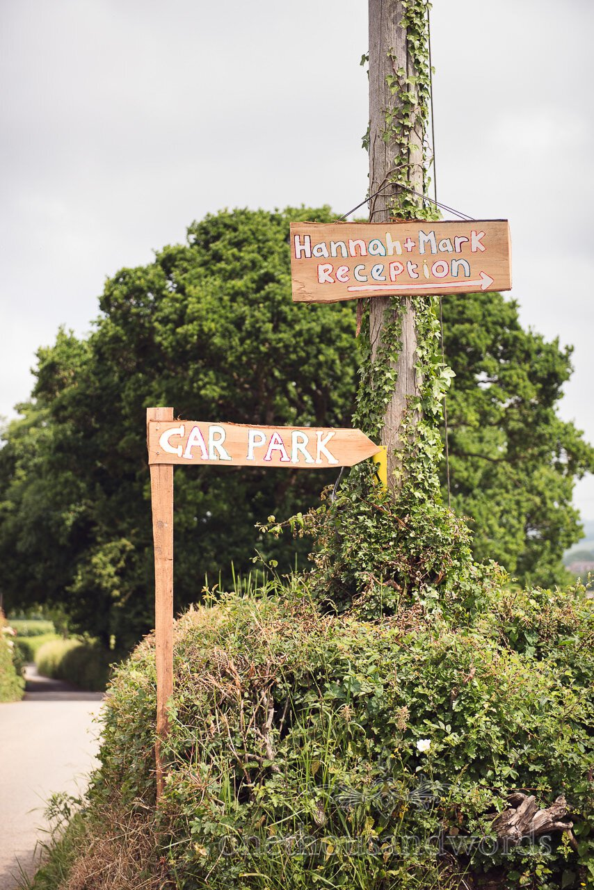 Hand made wedding sign posts from Countryside Wedding Photos